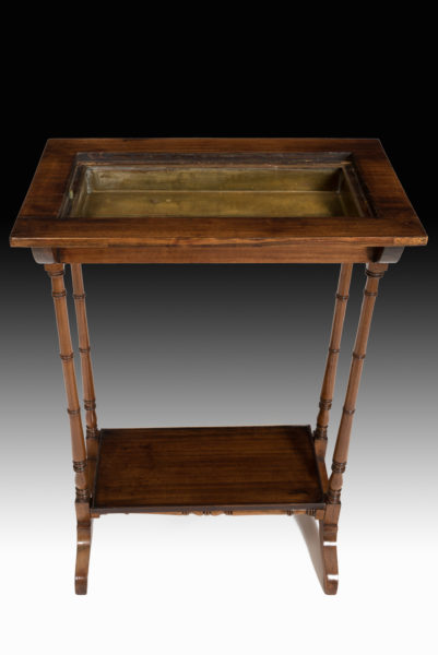 Charming-George-III Regency-rosewood-crocus-table2