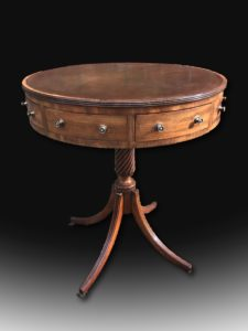Outstanding-George-III-mahogany-drum-table