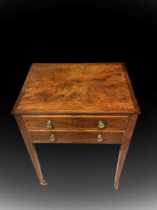 work_table_antique