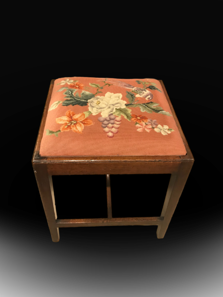 antique_stool_georgian