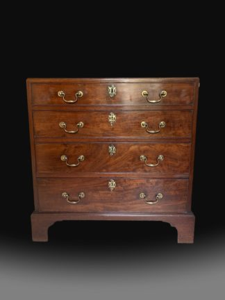 Fine George III Caddy top Mahogany Chest