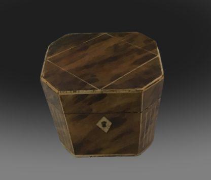 George III octagonal tea caddy top
